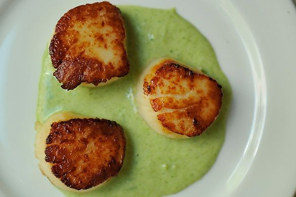 """<strong>Get the <a href=""""http://food52.com/recipes/4080-seared-scallops-with-spring-onion-and-tarragon-cream"""" target=""""_blank"""""""