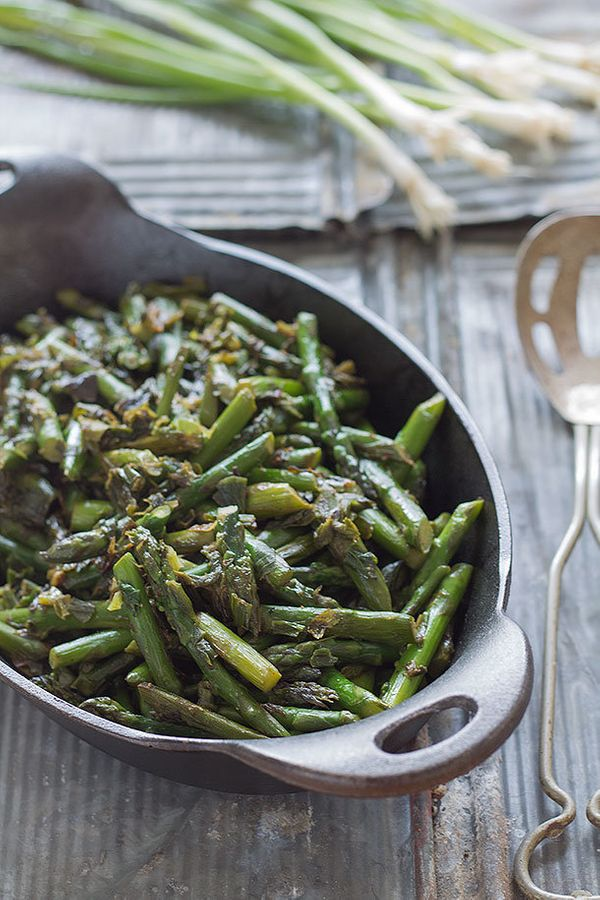 "<strong>Get the <a href=""http://slimpalate.com/asparagus-and-caramelized-spring-onion-saute/"" target=""_blank"">Asparagus and C"