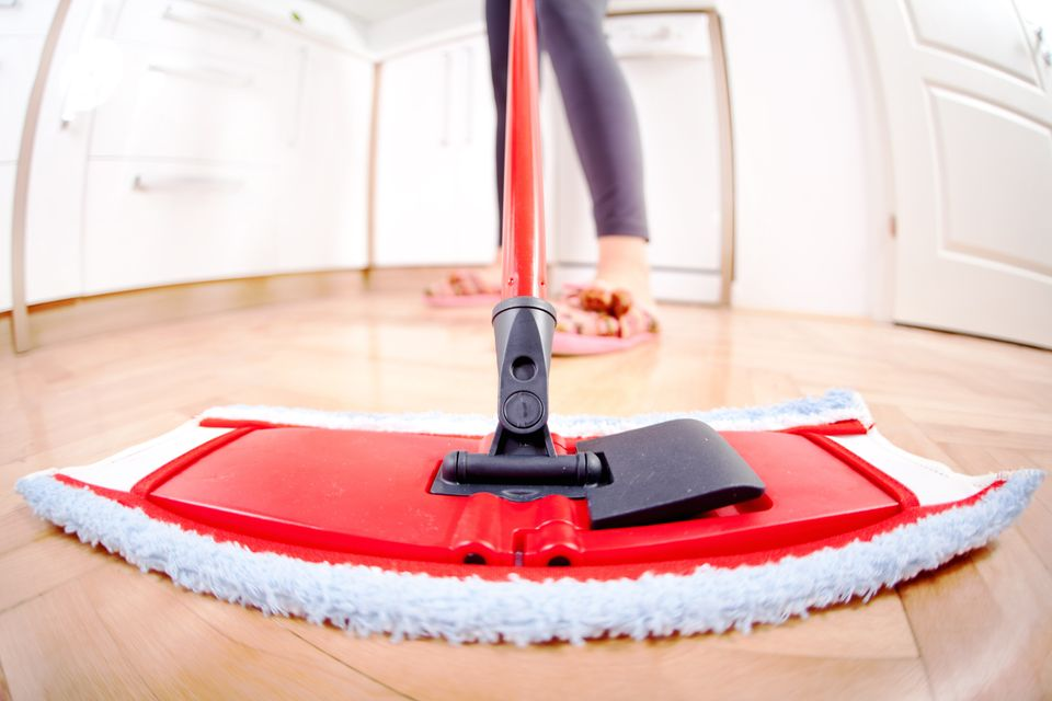 "Take care of those dusty, dirty floors with <a href=""http://www.healthstatus.com/cgi-bin/calc/calculator.cgi"" target=""_blank"""