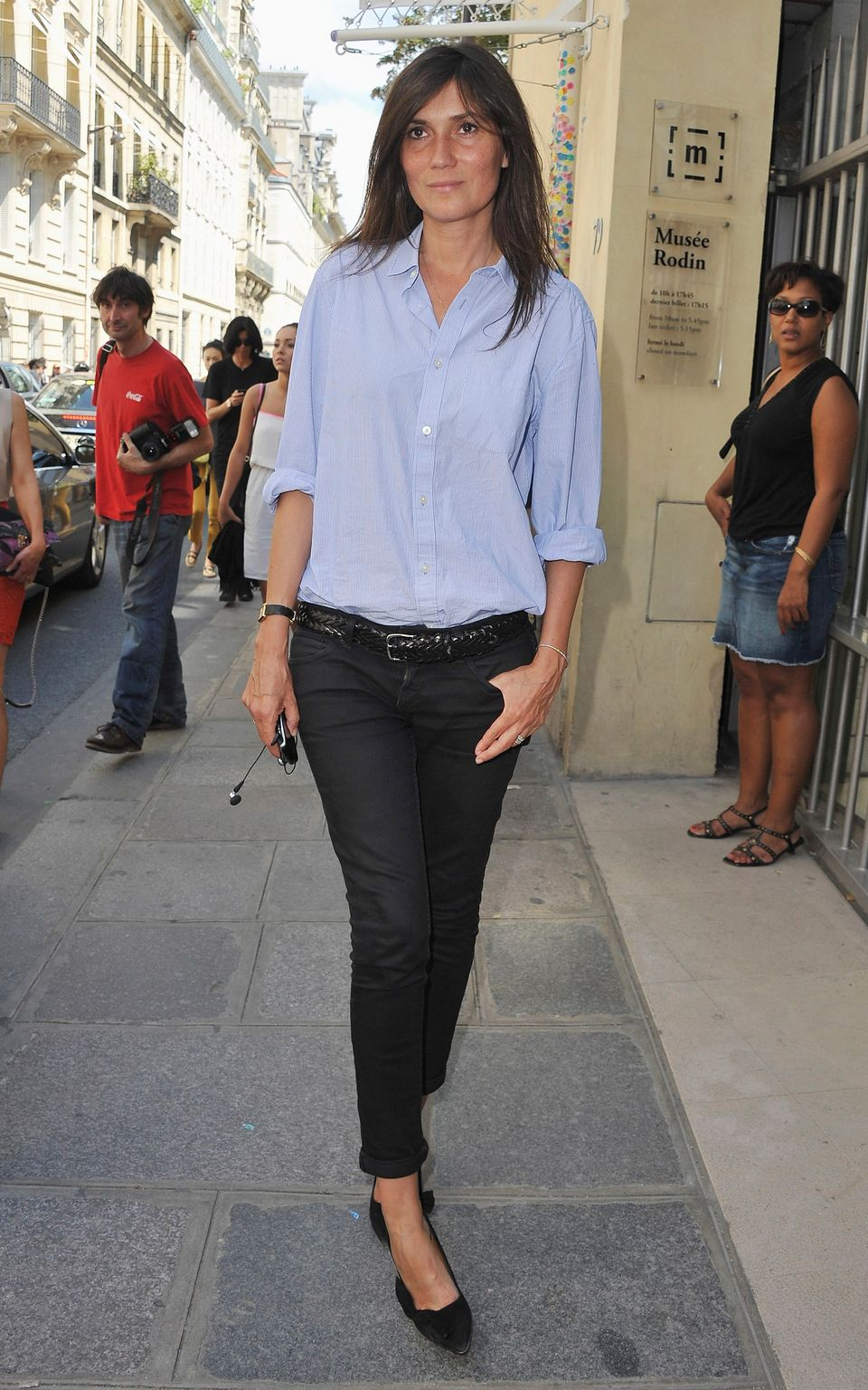 French women have low-key style days, too, but those days rarely include sweats or fleece. Instead, they do casual the classy