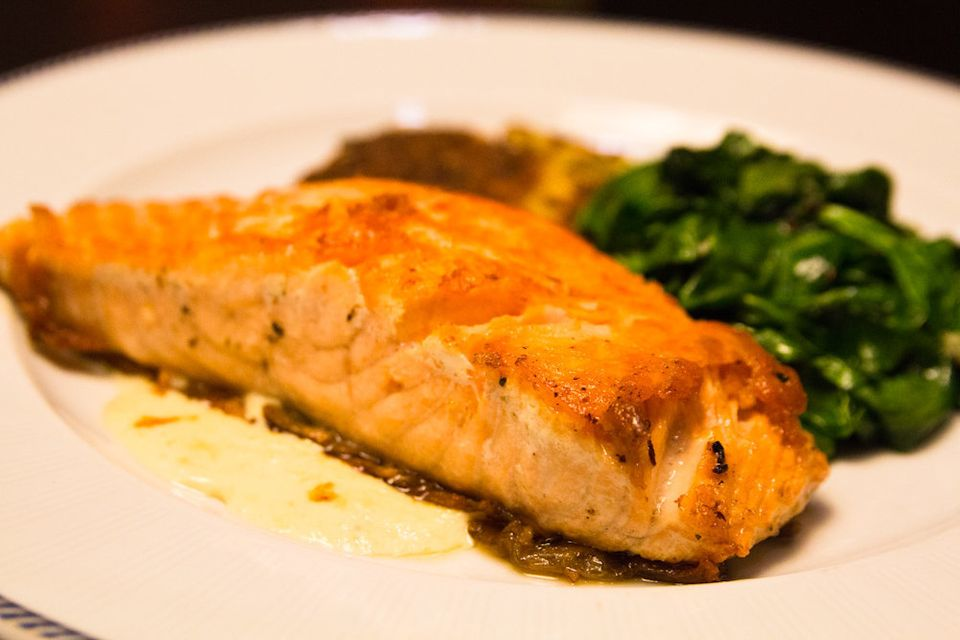 "In some studies, omega 3 fatty acids have been shown to <a href=""http://www.webmd.com/allergies/features/allergies-diet"" targ"