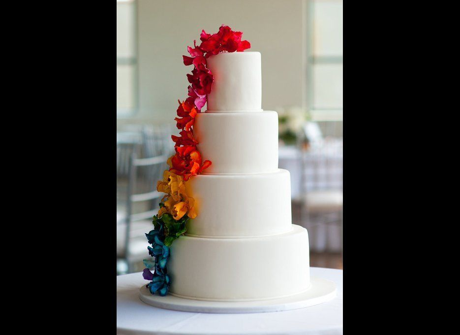 Beautiful Wedding Cakes For Every Season Huffpost Life