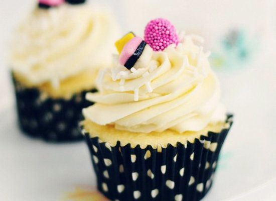 """<strong>Get the <a href=""""http://sweetapolita.com/2011/08/licorice-delight-vanilla-almond-anise-cupcakes/"""" target=""""_blank"""">Lic"""