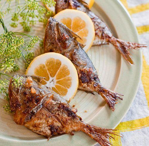 """<strong>Get the <a href=""""http://yummysupper.blogspot.com/2010/06/pan-fried-butterfish.html"""" target=""""_blank"""">Pan Fried Butterf"""