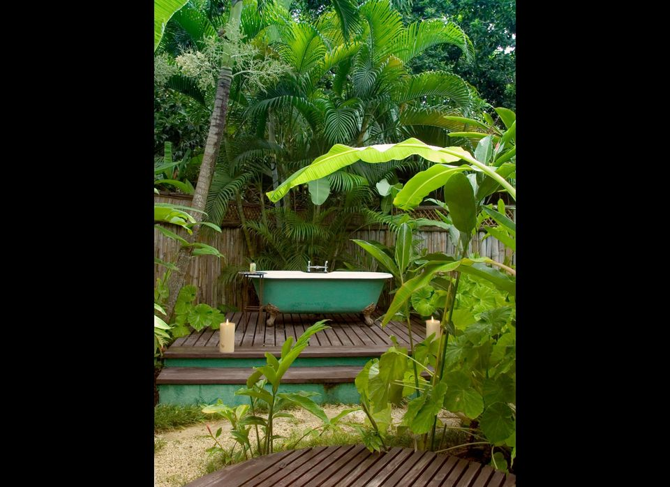 """<a href=""""http://www.travelandleisure.com/articles/worlds-coolest-hotel-bathtubs/9"""" target=""""_hplink"""">See More of the World's C"""