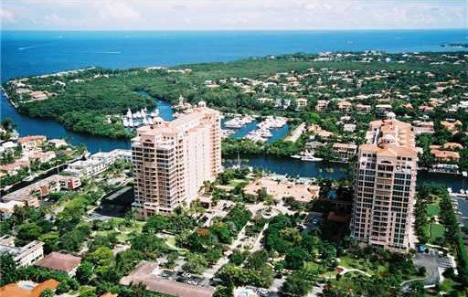 """Area: <a href=""""http://www.realtor.com/realestateandhomes-detail/10-Edgewater-Dr-Apt-Ts-K_Coral-Gables_FL_33133_M50738-54101"""""""