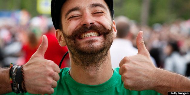 How To Be An Optimist: 10 Habits That'll Help You Look On The Bright Side