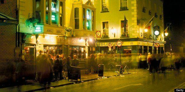 Pubs on Bar Fleet Street, Temple Bar area, Dublin, County Dublin, Eire (Ireland), Europe