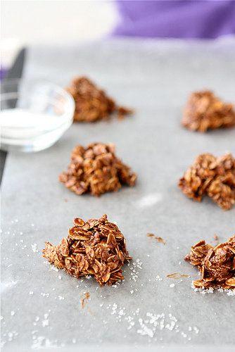 """<strong>Get the <a href=""""http://www.cookincanuck.com/2012/09/light-no-bake-cookies-recipe-with-dulce-de-lech-sea-saltoatmeal/"""