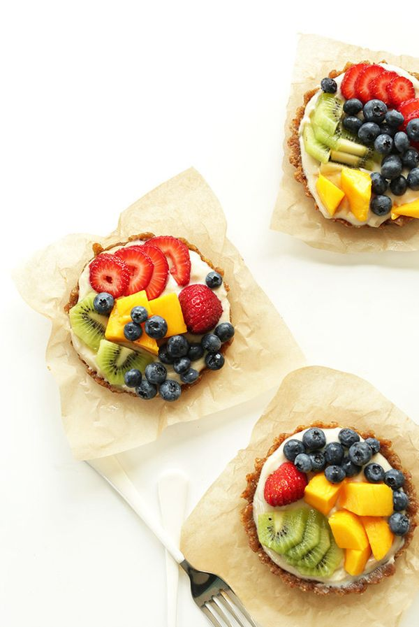 "<strong>Get the <a href=""http://minimalistbaker.com/no-bake-lemon-cookie-fruit-tarts/"" target=""_blank"">No-Bake Lemon Cookie F"