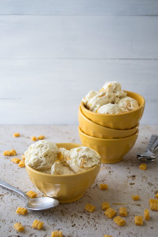 """<strong>Get the <a href=""""http://www.siftandwhisk.com/blog/capn-crunch-cereal-ice-cream/"""" target=""""_blank"""">Cap'n Crunch Cereal"""