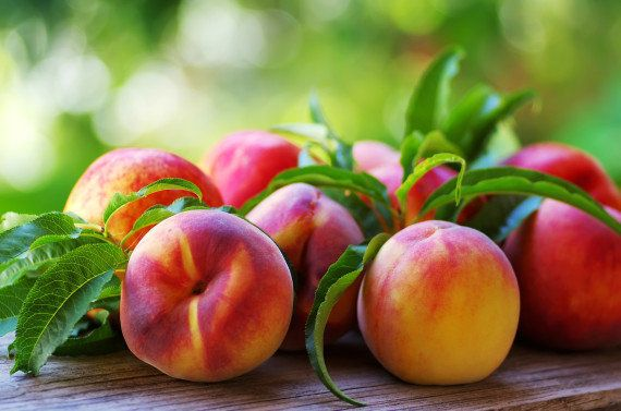 <strong>Why We Love Them:</strong> A quintessential summer fruit if there ever was one, one medium-sized peach is a good sour
