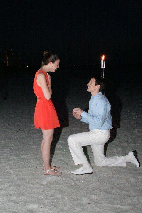 "<a href=""http://howheasked.com/matt-and-diana"" target=""_blank"">Sarasota Proposal</a>"