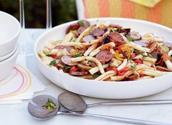 "<strong>Get the <a href=""http://www.huffingtonpost.com/2011/10/27/pasta-salad-with-grilled-_n_1058602.html"" target=""_hplink"">"