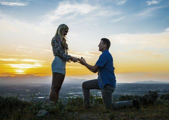 "<a href=""http://howheasked.com/sunset-proposal"" target=""_blank"">Sunset Proposal</a>"