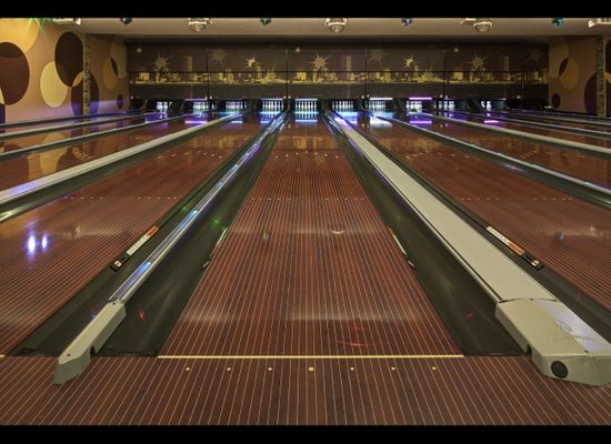 America's Coolest Bowling Alleys (PHOTOS) | HuffPost Life