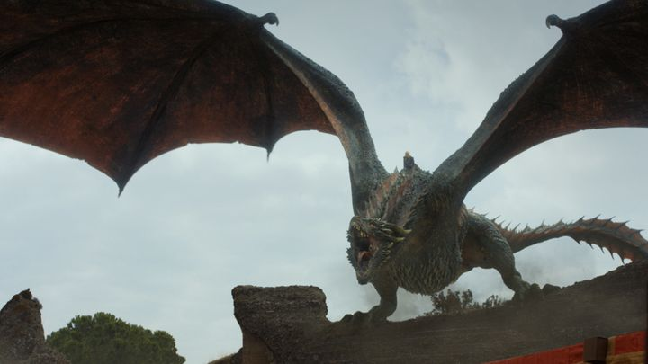 Drogon making an entrance.