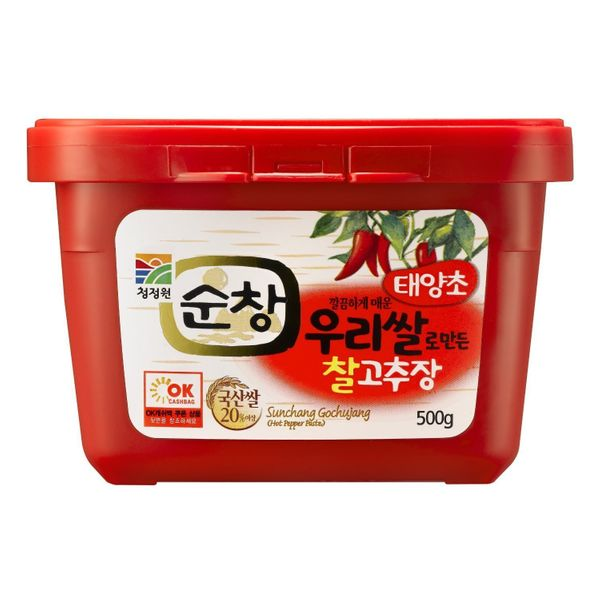 "<strong><a href=""http://www.amazon.com/korean-food-supply-500g-Gochujang/dp/B002WTE0MQ?tag=thehuffingtop-20"" target=""_blank"">"