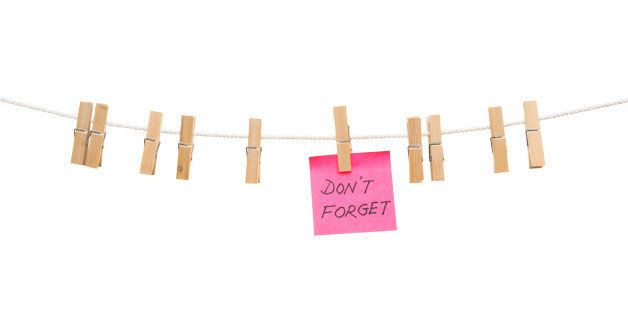 'don't forget' note on a clothesline