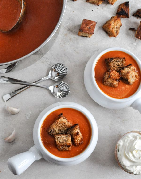 "<strong>Get the <a href=""http://www.howsweeteats.com/2013/01/creamy-tomato-soup-with-brown-butter-garlic-croutons/"">Creamy To"