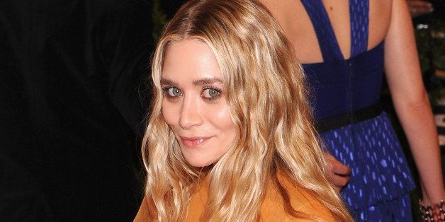 Who is ashley olsen currently dating