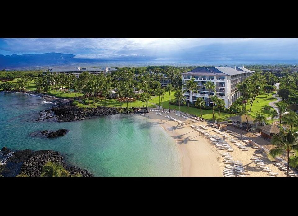 "This scenic,<a href=""http://www.gogobot.com/the-fairmont-orchid-hawaii-kamuela-waimea-hotel"" target=""_hplink""> tropical hotel"