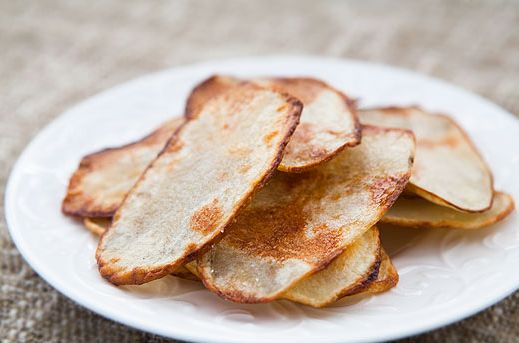 "<strong>Try the <a href=""http://www.simplyrecipes.com/recipes/oven-fried_potato_chips/"" target=""_blank"">Oven-Fried Potato Chi"