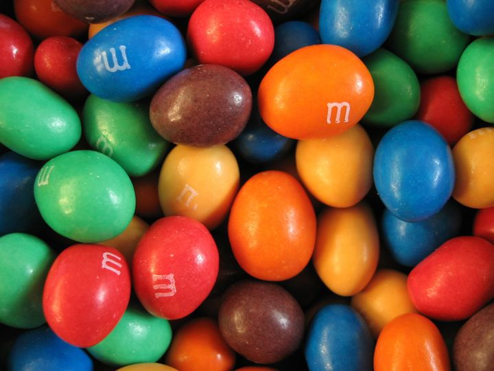 Description 1 Peanut M&M's 1 Jordnᅢᄊts M&M's | Source | Author sv:Anvᅢᄂndare:Grotte | Anders Lagerᅢᆬs  | Date 2008-08-22 | Permission | Other_ ...