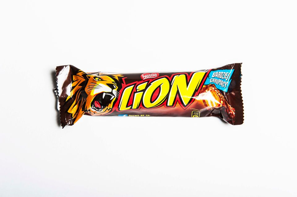 The Best English Candy Bars Ranked Taste Test Huffpost Life