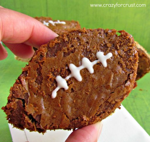 """<strong>Get the <a href=""""http://www.crazyforcrust.com/2012/09/nutella-brownie-footballs-with-peanut-butter-shortbread-crust-2"""
