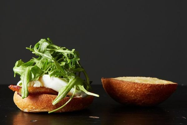 "<strong>Get the <a href=""http://food52.com/recipes/587-poached-egg-bacon-sandwich"" target=""_blank"">Poached Egg & Bacon Sandwi"