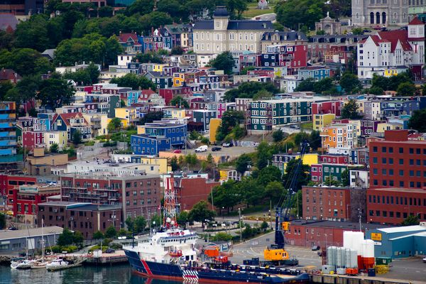 "Colorful homes dot the landscape (aka ""<a href=""http://www.huffingtonpost.ca/2013/08/22/cities-with-colour-photos_n_3794060.h"