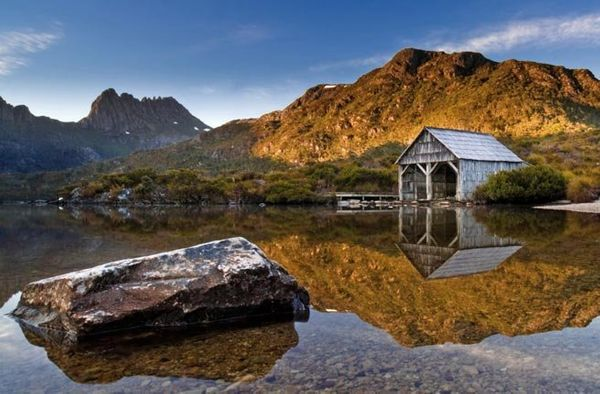 "This serene lake in north central <a href=""http://www.fodors.com/world/australia-and-the-pacific/australia/tasmania/"" target="
