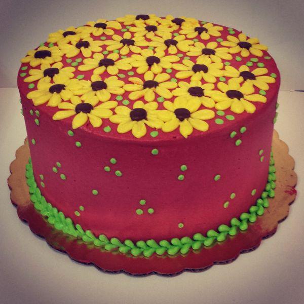 This cake just looks like springtime.