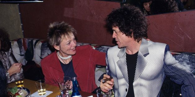 UNITED STATES - MARCH 31:  JOSIE'S  Photo of Lou REED and Laurie ANDERSON, Laurie Anderson and Lou Reed, food, drink, smoking cigar  (Photo by Ebet Roberts/Redferns)