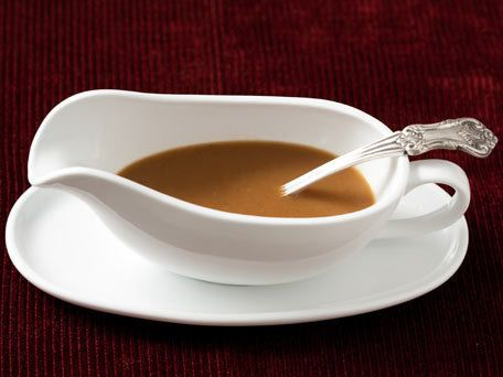 """<strong>Get the <a href=""""http://www.huffingtonpost.com/2011/10/27/classic-gravy_n_1059253.html"""">Classic Gravy</a> recipe</str"""