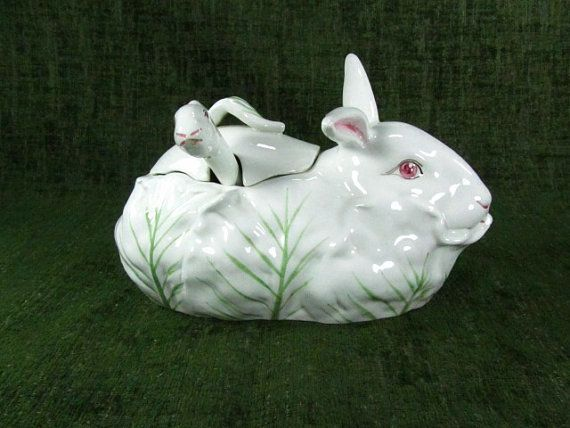 "<em><a href=""https://www.etsy.com/listing/168308732/rabbit-bowlgravy-boatvintage?ref=sr_gallery_37&ga_search_query=gravy+boat"