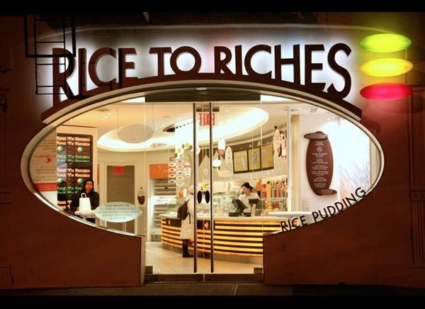 This shop specializes in rice pudding, and has the formula down to a science. You can go for the classic, but why not gussy i