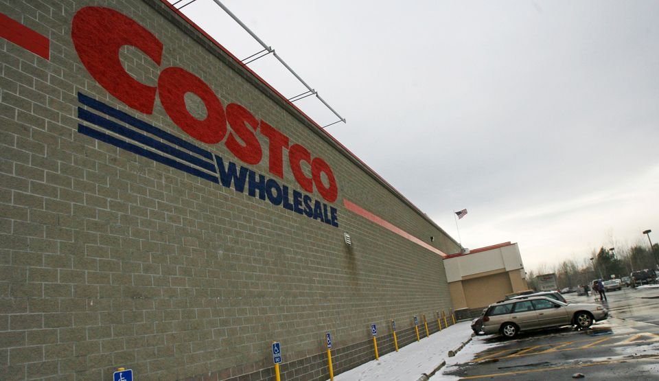 Reputation score: 77.95 2012 score: 76.72 Costco Wholesale Corp. ranks as the 10th most reputable company after ranking 19th