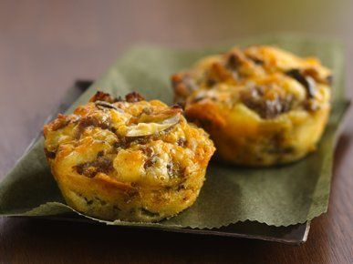 """Get the <a href=""""http://greengiant.com/recipes/detail/impossibly-easy-mini-breakfast-sausage-pies"""" target=""""_blank"""">recipe</a>"""