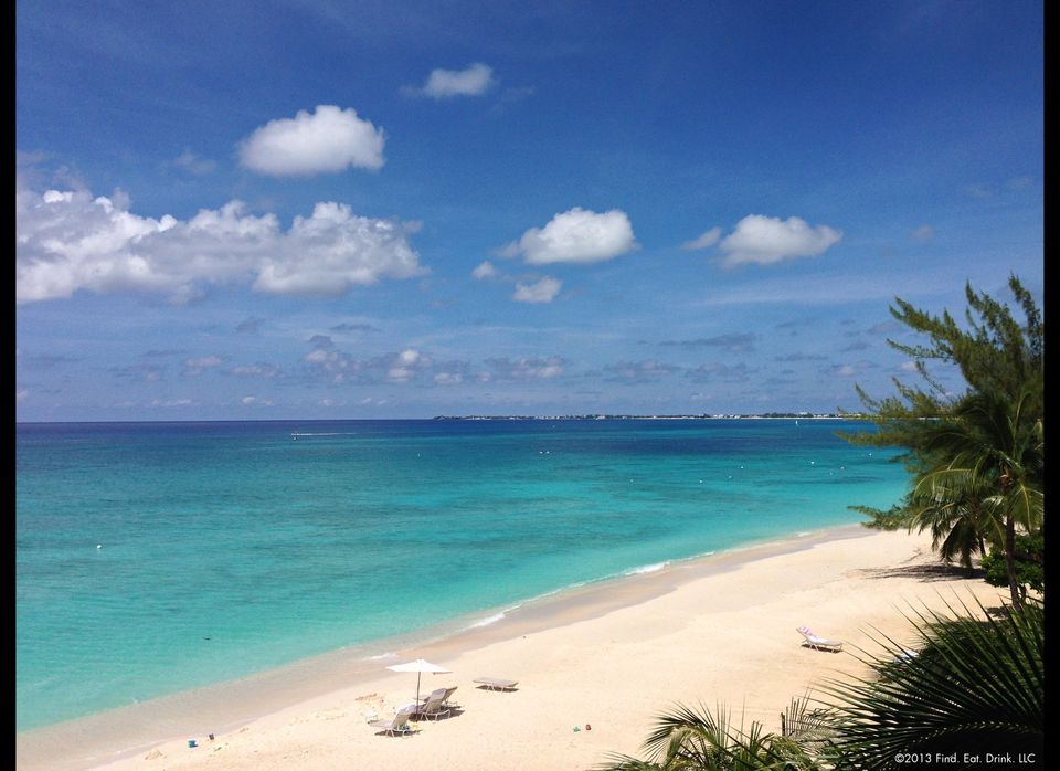 Find Eat Drinks Chefs Guide To Grand Cayman Restaurants