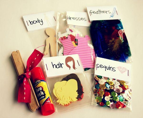 "Give a gift that <a href=""http://www.huffingtonpost.com/2012/11/20/homemade-gift-paper-doll-kit_n_2165238.html?utm_hp_ref=huf"