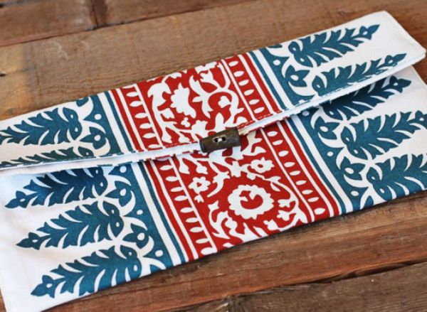"""Turn a funky-patterned placemat into a one-of-a-kind <a href=""""http://www.huffingtonpost.com/2012/04/26/craft-of-the-day-turn-"""