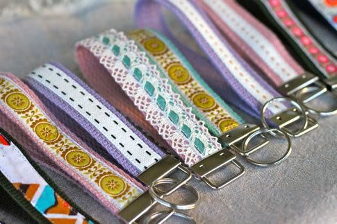 """A cute and customized <a href=""""http://www.huffingtonpost.com/2012/09/11/craft-of-the-day-wristlet-key-fob_n_1865445.html"""" tar"""