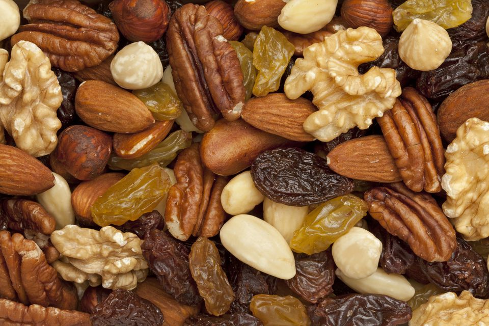 Create your own custom breakfast mix with granola, almonds, walnuts, raisins, cereal, and more. You can customize the ingredi