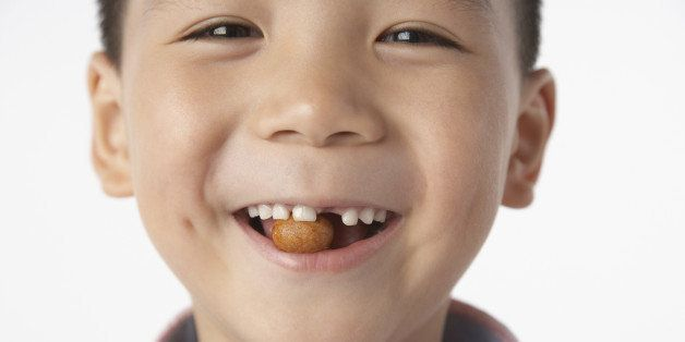 Eating Nuts During Pregnancy Could Curb Kids' Allergies, Study