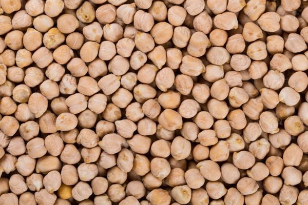 <strong>Skip:</strong> Chickpeas <br><br><strong>Scoop:</strong> Go nuts for nuts. Walnuts are particularly lightweight, so t