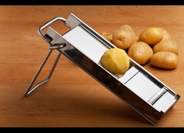 "<a href=""http://www.thedailymeal.com/10-most-dangerous-things-your-kitchen?utm_source=huffington%2Bpost&utm_medium=partner&ut"
