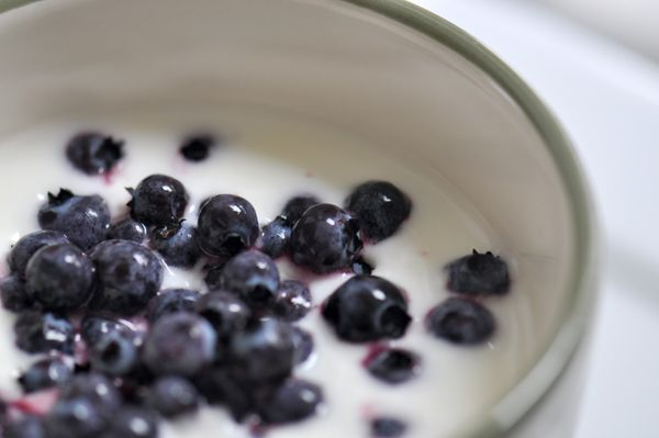 <strong>Serving Size</strong>: 6 oz light yogurt + ¾ cup berries (blueberries, blackberries, raspberries, or a combination of