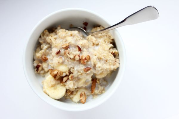 <strong>The body benefit:</strong> A half-cup cooked serving of Quaker Steel Cut Oats contains just 150 calories, 2.5 grams o